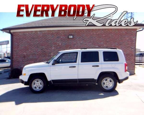 2012 Jeep Patriot Visit Everybody Rides 2 online at wwweverybodyrides1com to see more pictures of