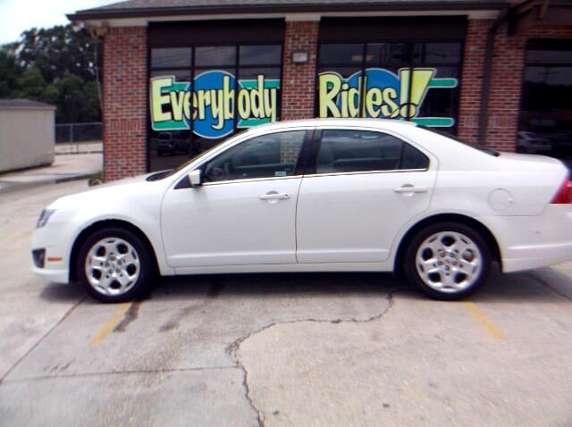 2010 Ford Fusion Visit Everybody Rides 2 online at wwweverybodyrides1com to see more pictures of