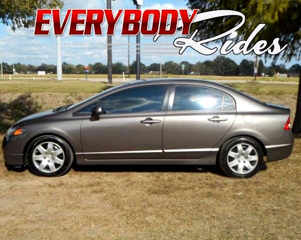 2011 Honda Civic Visit Everybody Rides 2 online at wwweverybodyrides1com to see more pictures of