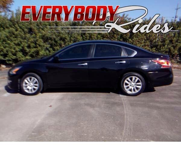 2015 Nissan Altima Visit Everybody Rides 2 online at wwweverybodyrides1com to see more pictures o