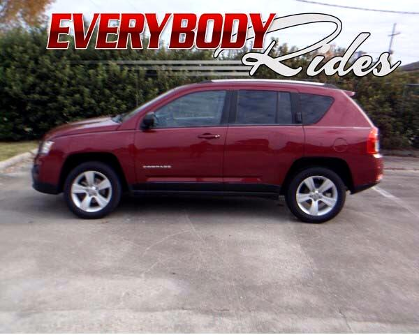2012 Jeep Compass Visit Everybody Rides 2 online at wwweverybodyrides1com to see more pictures of