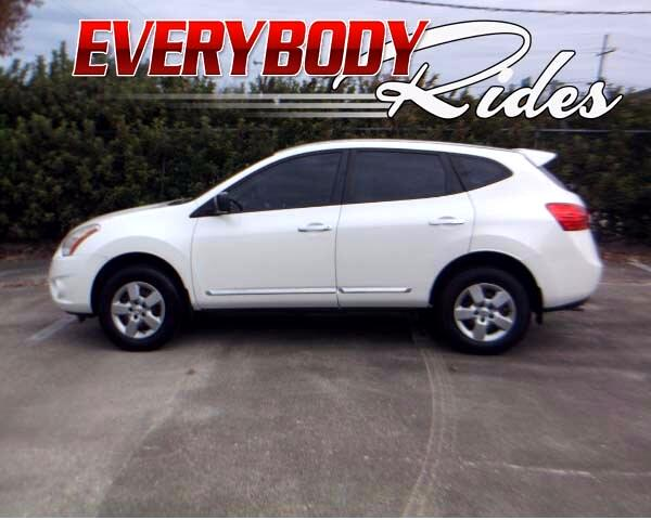 2011 Nissan Rogue Visit Everybody Rides 2 online at wwweverybodyrides1com to see more pictures of