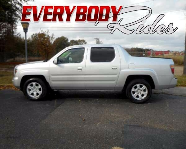2006 Honda Ridgeline Visit Everybody Rides 2 online at wwweverybodyrides1com to see more pictures