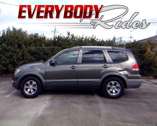 2009 Kia Borrego Visit Everybody Rides 2 online at wwweverybodyrides1com to see more pictures of