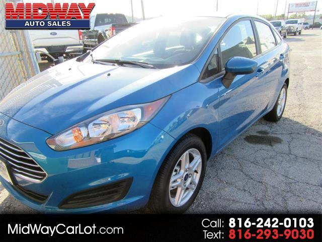 2017 Ford Fiesta 4dr Sdn SE