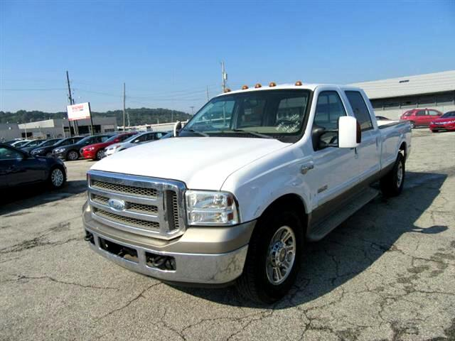 2005 Ford F-350 SD King Ranch Crew Cab Long Bed 2WD