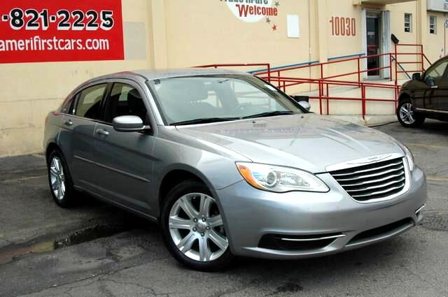 2013 Chrysler 200 WWWAMERIFIRSTCARSCOM AUCTION PRICES BLOW OUT LIQUIDATION SALE WHOLESALERS