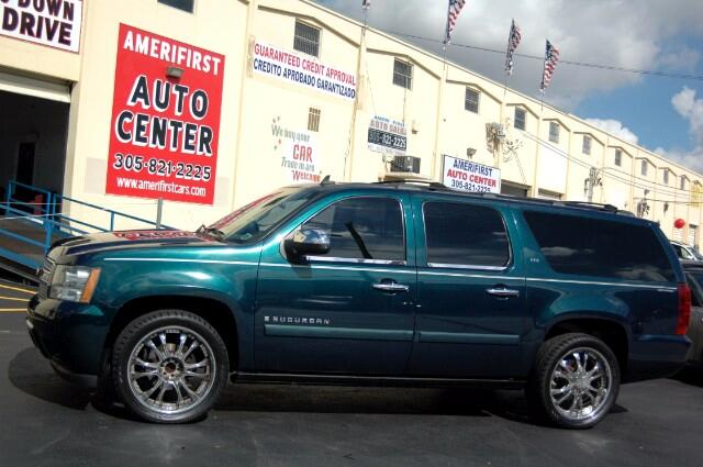 2007 Chevrolet Suburban  WE FINANCE EVERYONE  SAVE WITH AMERIFIRST AUTO CENTER  LOADED