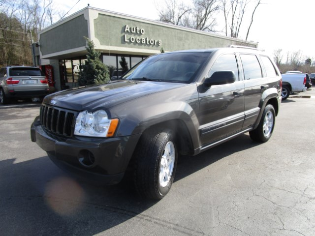 2005 Jeep Grand Cherokee Please feel free to contact us toll free at 866-223-9565 for more informat