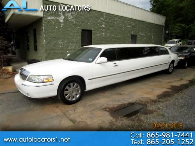 2003 Lincoln Town Car Limousine