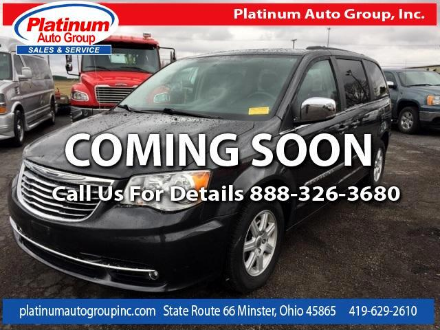 2012 Chrysler Town & Country Touring-L 4D Passenger Van