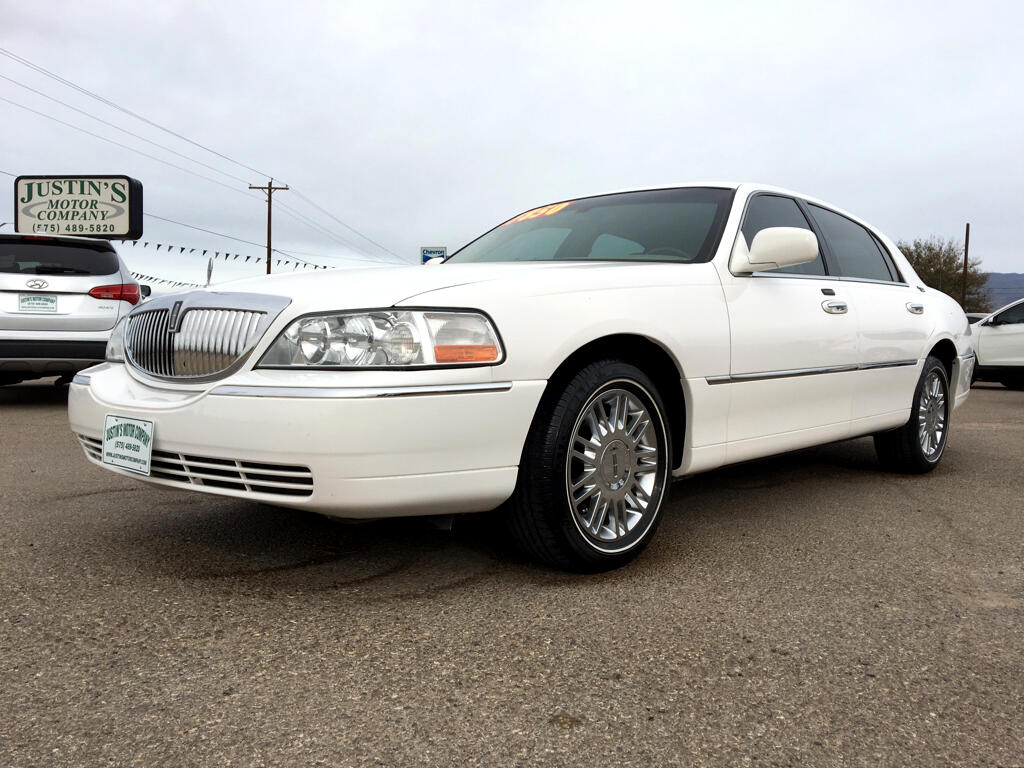 2008 Lincoln Town Car 4dr Sdn Signature Limited