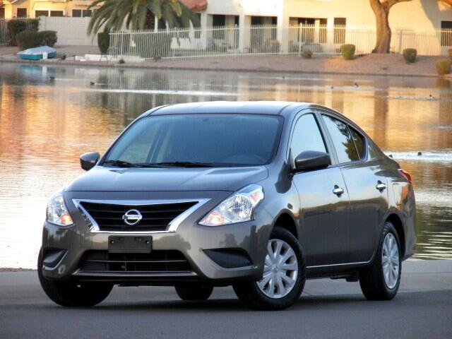 2017 Nissan Versa 1.6 S 4A
