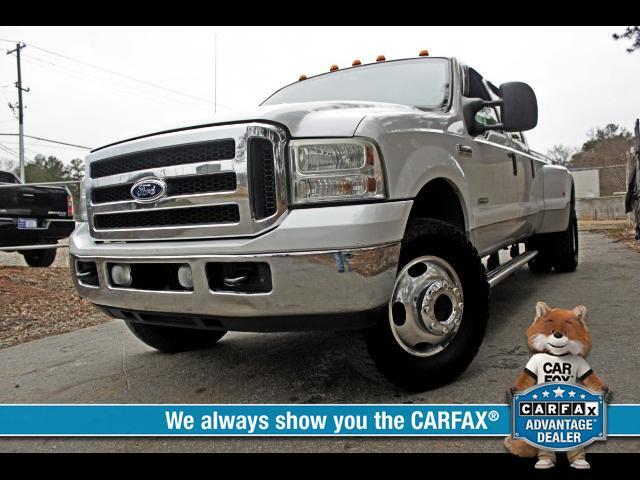 2006 Ford F-350 SD Lariat Crew Cab Long Bed 4WD DRW