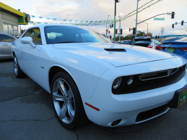 2017 Dodge Challenger R/T Plus