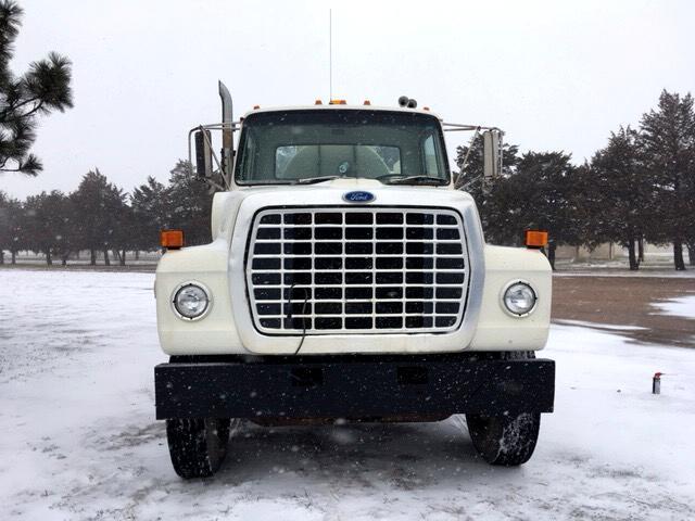 1986 Ford LT8000