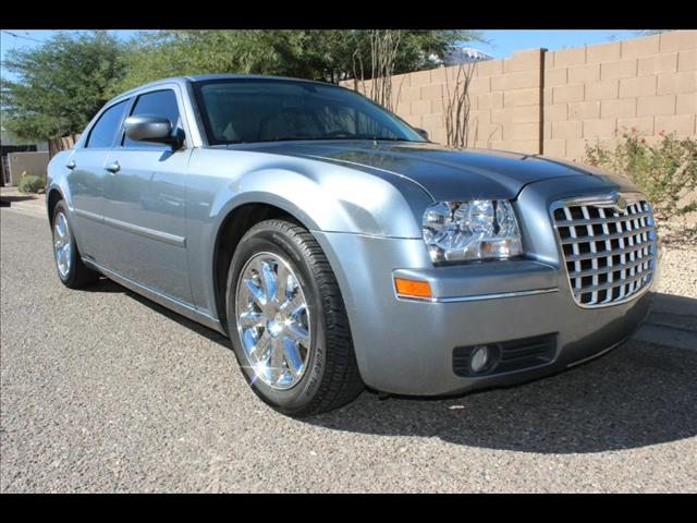 2007 Chrysler 300 4dr Sdn Limited RWD