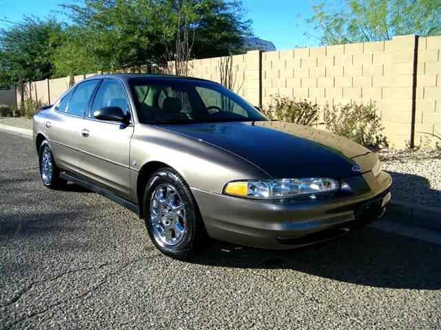 2000 Oldsmobile Intrigue GLS