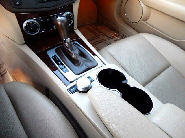 2011 Mercedes-Benz C-Class C300 4MATIC Luxury Sedan