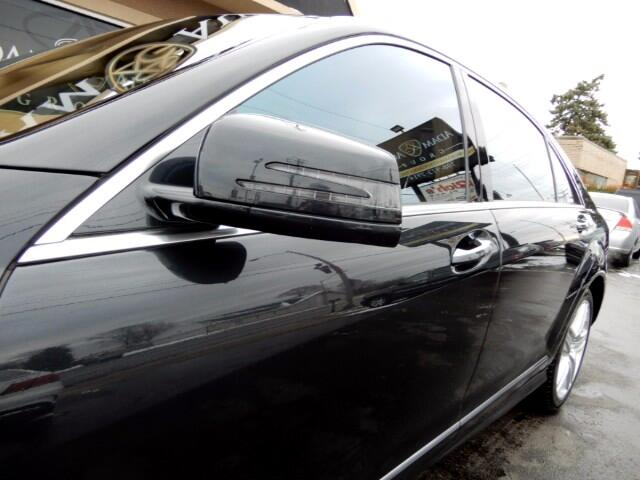 2012 Mercedes-Benz S-Class S550 4-MATIC