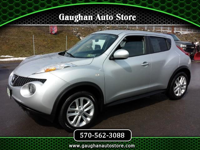 2013 Nissan Juke S AWD (Moon Roof/ One Owner)