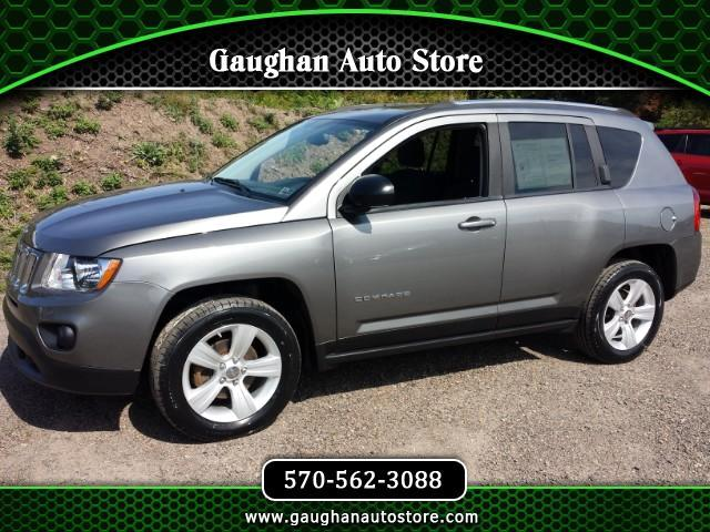 2012 Jeep Compass Latitude 4WD MOONROOF
