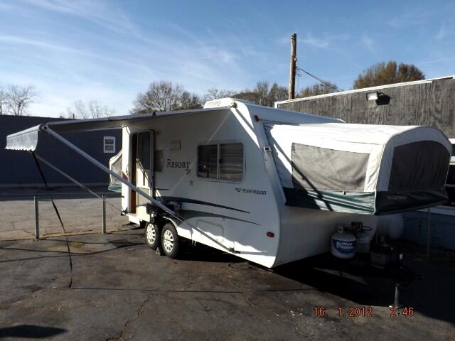 2005 Fleetwood Resort 20CK