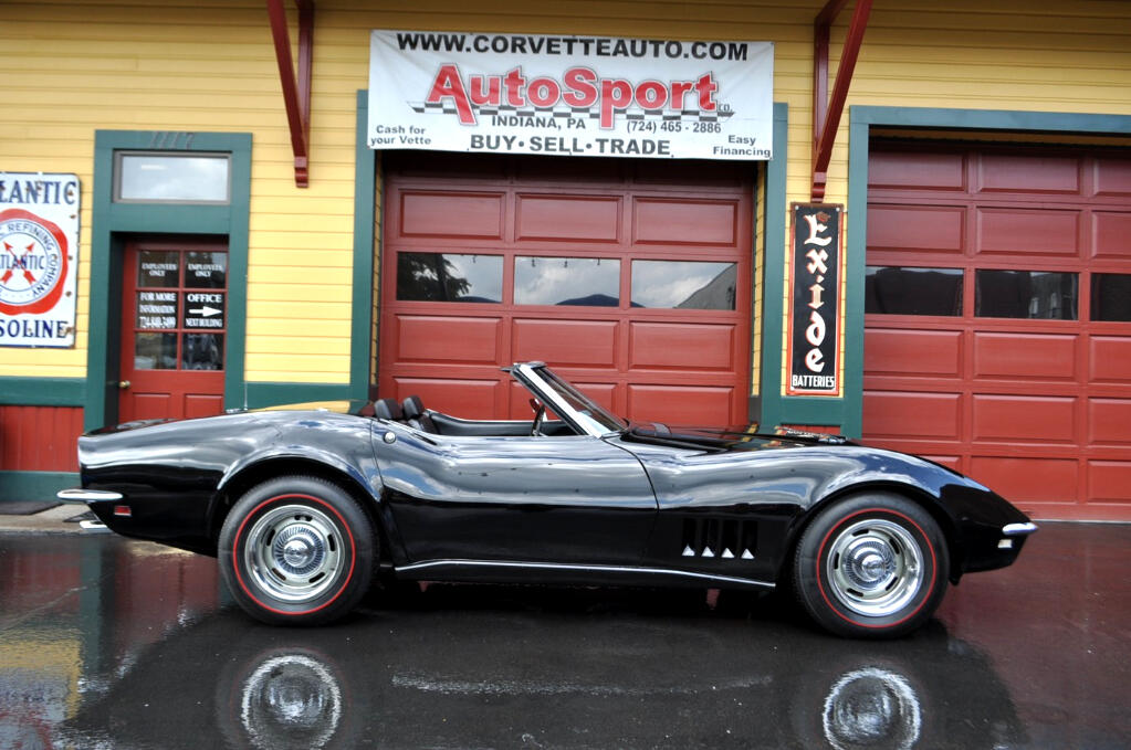 1968 Chevrolet Corvette L89 Aluminum Head Top Flight Award Winner