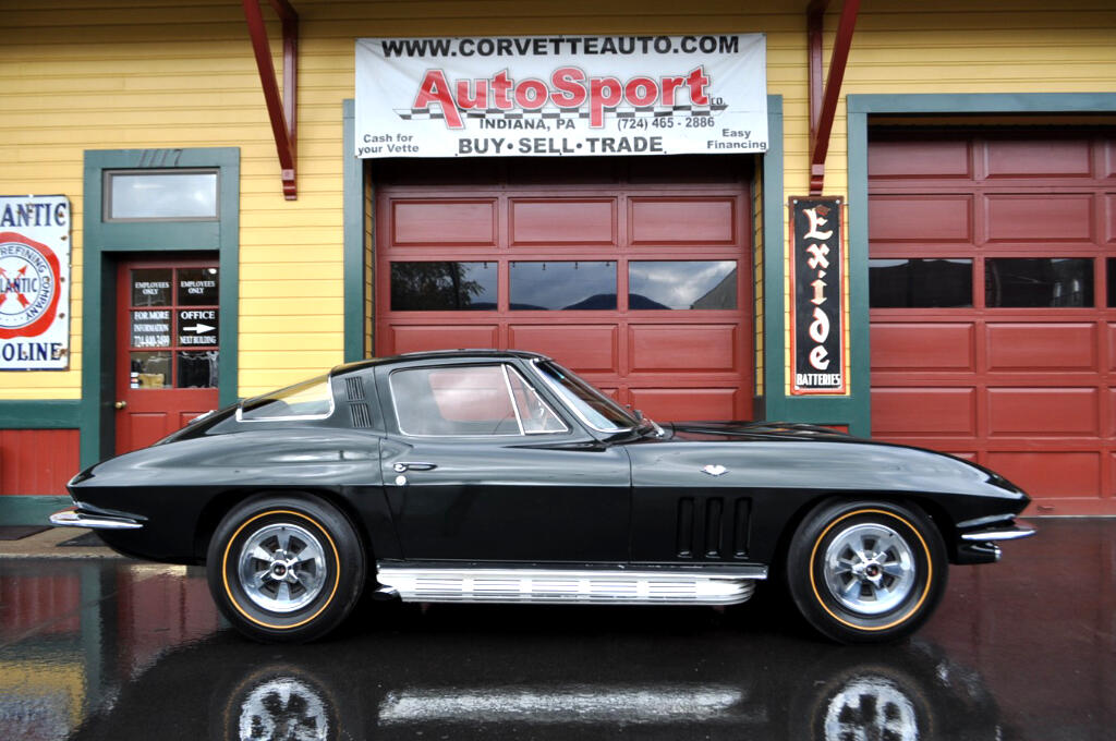 1965 Chevrolet Corvette Same Owner Since 1971 Numbers Match