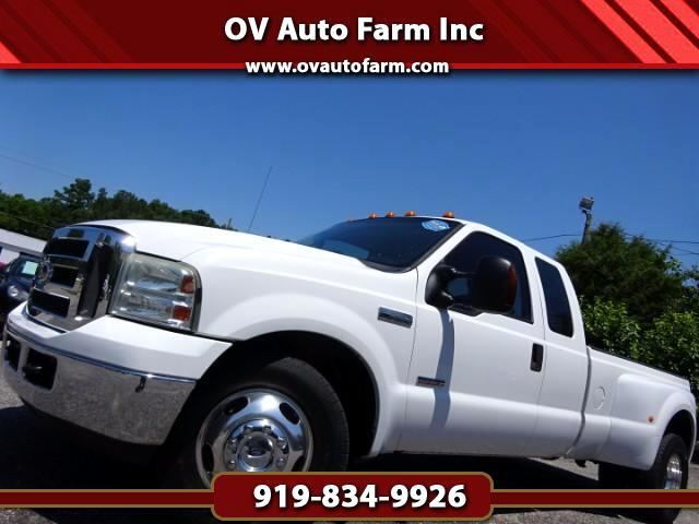 2005 Ford F-350 SD XLT SuperCab Long Bed 2WD DRW