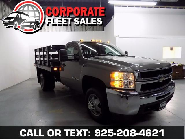 2009 Chevrolet Silverado 3500HD ONLY 23K MILES ON THIS REALLY NICE STAKE BED TRUCK--3500 SERIES TRU