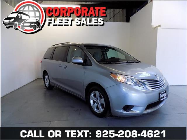 2016 Toyota Sienna LE EDITION WITH QUAD SEATS POWER WINDOWS POWER DOOR LOCKS TILT AND CRUISE NON S