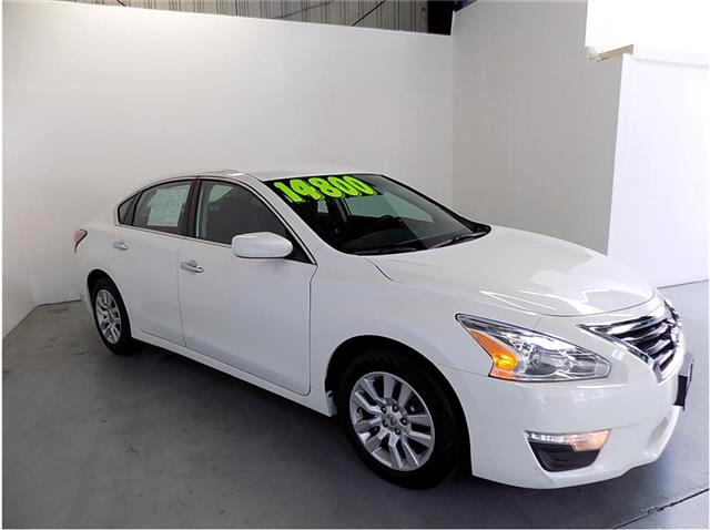 2015 Nissan Altima NISSAN ALTIMA 25 S A GREAT CHOICE FOR GAS SAVINGS EVERYDAY COMMUTERPREVIOU