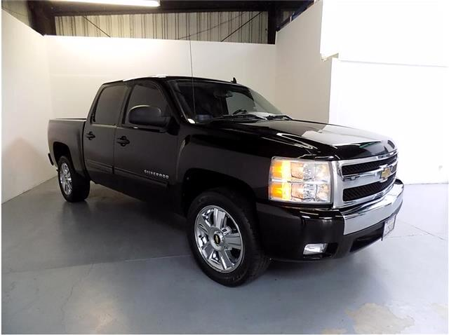 2011 Chevrolet Silverado 1500 GREAT PEOPLE GREAT SELECTION GREAT EXPERIENCE Conveniently located i