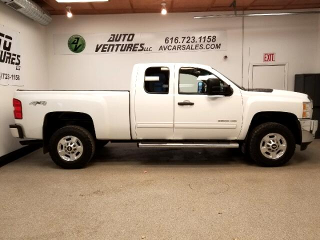 2011 Chevrolet Silverado 2500 LT Ext. Cab Short Bed 4WD