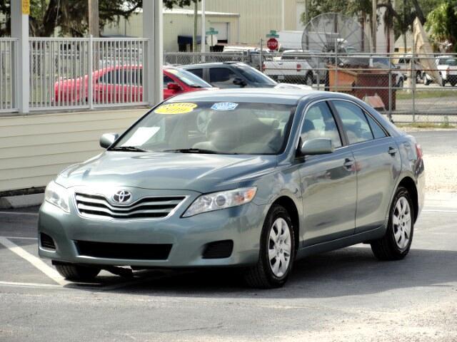 2010 Toyota Camry SE 6-Spd MT