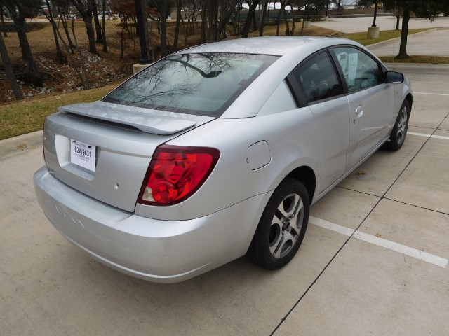 2005 Saturn ION Quad Coupe 3