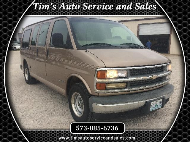 1999 Chevrolet Express 1500 Wheelchair Lift