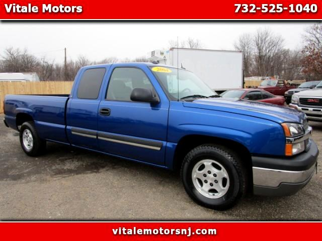 2004 Chevrolet Silverado 1500 LS Ext. Cab 4-Door Long Bed 2WD