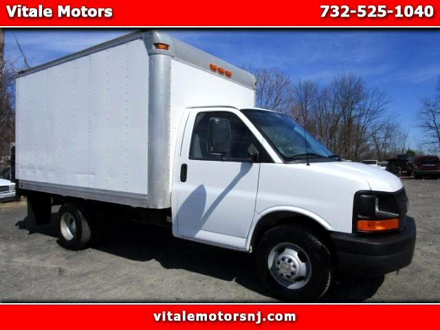 2012 Chevrolet Express 12 FOOT BOX W/ LIFTGATE 3500
