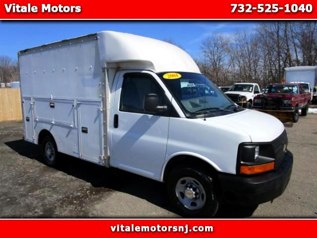 2004 Chevrolet Express 3500 UTILITY BOX 10 FOOT