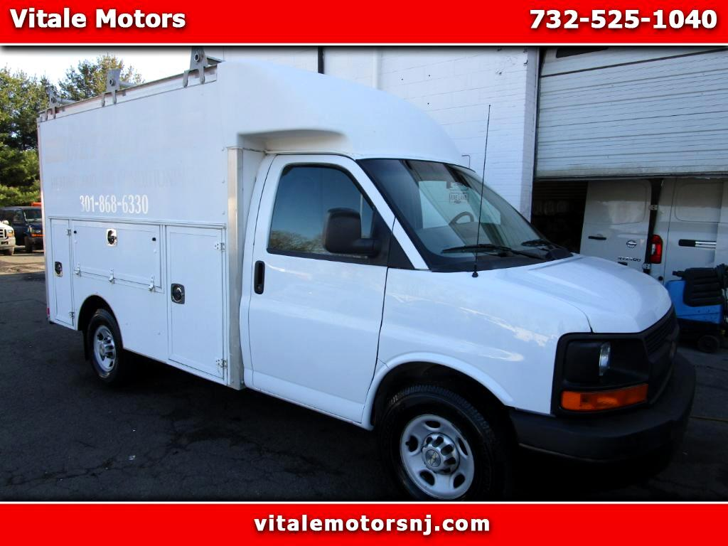 2010 Chevrolet Express 10 FOOT UTILITY BOX TRUCK
