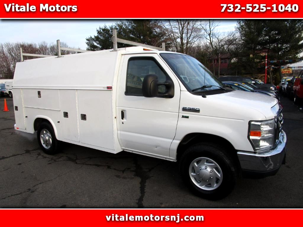 2012 Ford Econoline 10 FOOT ENCLOSED UTILITY BOX