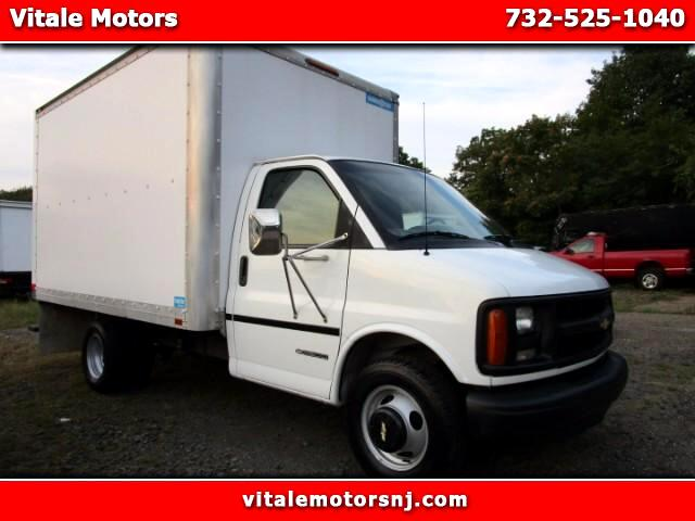 2000 Chevrolet Express 3500 BOX TRUCK DRW