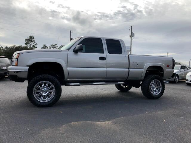 "2007 Chevrolet 1/2 Ton Pickups Fleetside 117.5"" WB 4WD"