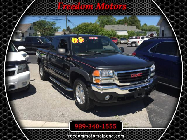 2005 GMC Sierra 1500 Ext. Cab Long Bed 4WD