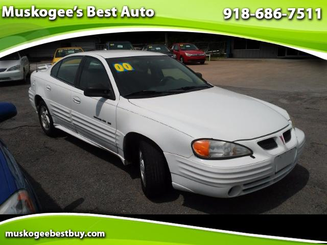 2000 Pontiac Grand Am SE1 sedan