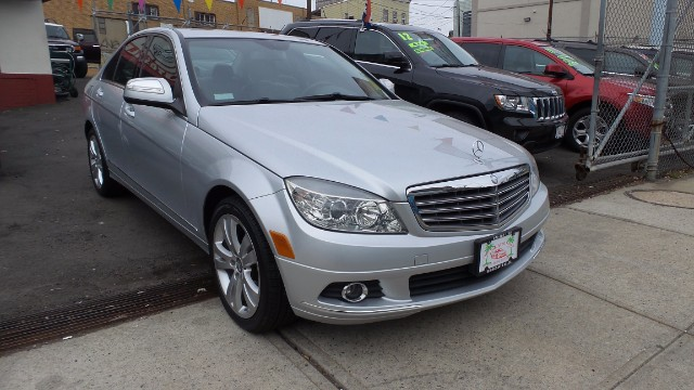 used 2008 mercedes benz c class c300 luxury sedan for sale in newark nj 07102 mirage auto sales. Black Bedroom Furniture Sets. Home Design Ideas