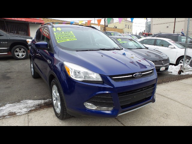 used 2014 ford escape se 4wd for sale in newark nj 07102 mirage auto sales. Black Bedroom Furniture Sets. Home Design Ideas