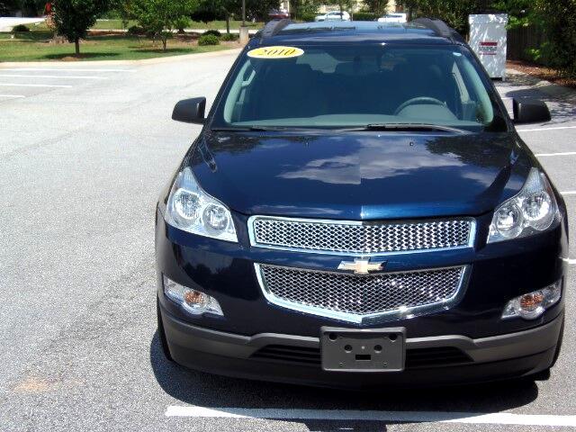 2010 Chevrolet Traverse LS FWD